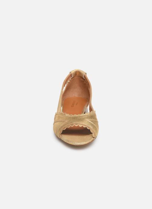Ballerines Schmoove Woman Retro Pump Or et bronze vue portées chaussures