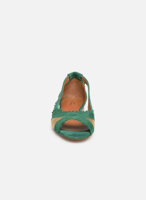 Ballerines Schmoove Woman Retro Pump Vert vue portées chaussures
