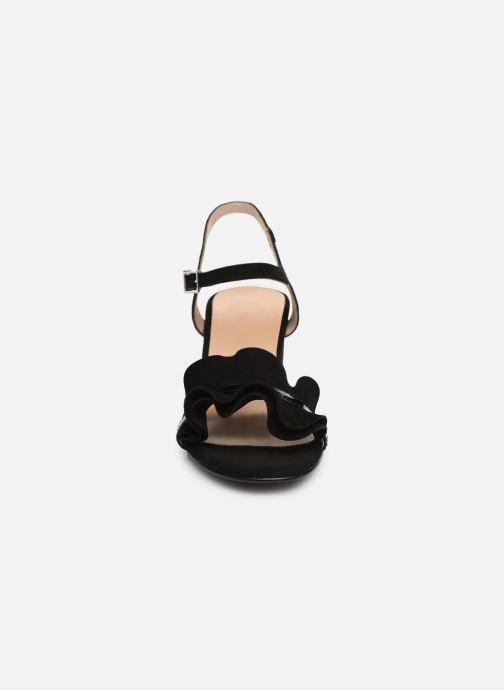 Sandales et nu-pieds Georgia Rose Luwagua Noir vue portées chaussures