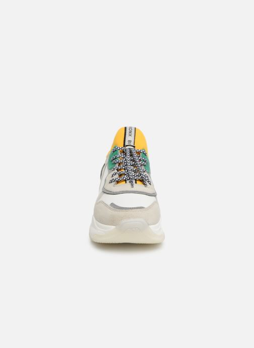 Sneaker Bronx 66167 weiß schuhe getragen