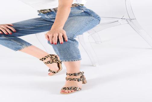 Sandales et nu-pieds Bronx 84759 Noir vue bas / vue portée sac