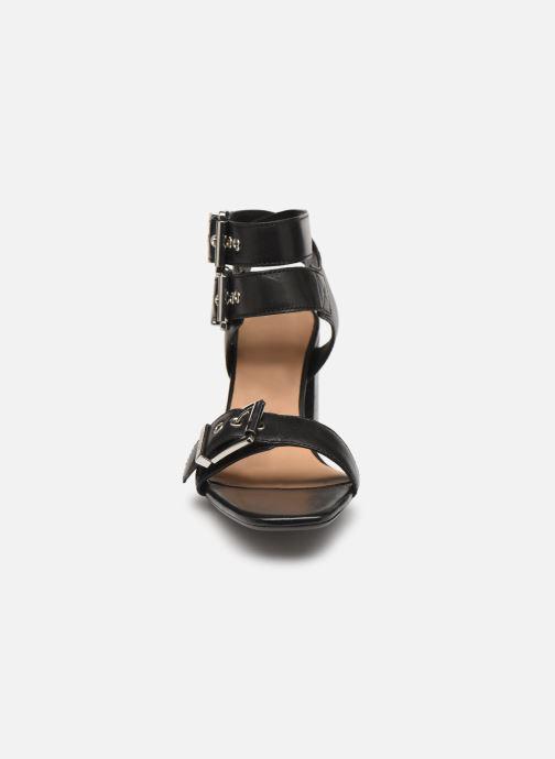 Sandales et nu-pieds Bronx 84759 Noir vue portées chaussures