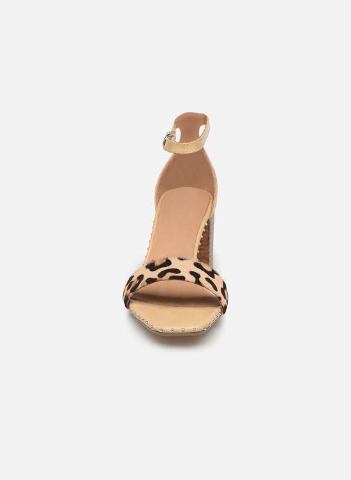 Sandales et nu-pieds Bronx 84788 Beige vue portées chaussures