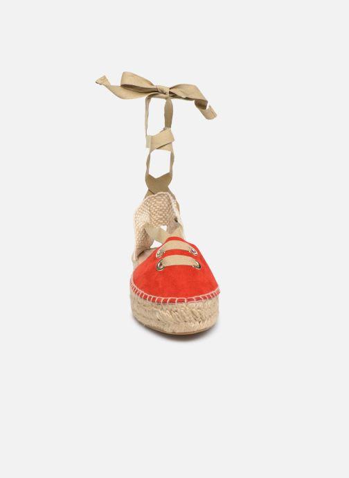 Scarpe di corda Georgia Rose Deneza Rosso modello indossato
