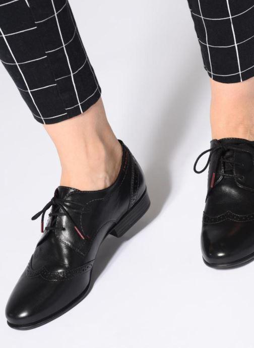 Chaussures à lacets Tamaris 23217 Noir vue bas / vue portée sac