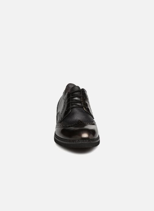 Scarpe con lacci Tamaris 23711 Grigio modello indossato