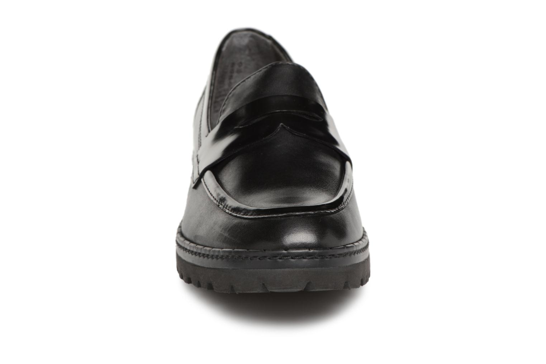 Mocassins Tamaris 24703 Noir vue portées chaussures