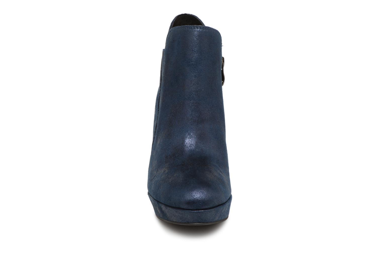 Bottines et boots Tamaris 25323 Bleu vue portées chaussures