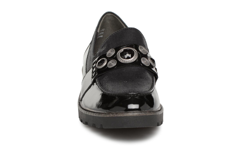 Mocassins Tamaris 24702 Noir vue portées chaussures
