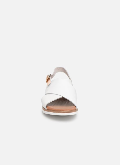 Sandales et nu-pieds Georgia Rose Diacroisa Soft Blanc vue portées chaussures