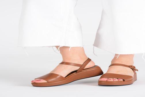 Sandales et nu-pieds Camper Misia 10 Marron vue bas / vue portée sac