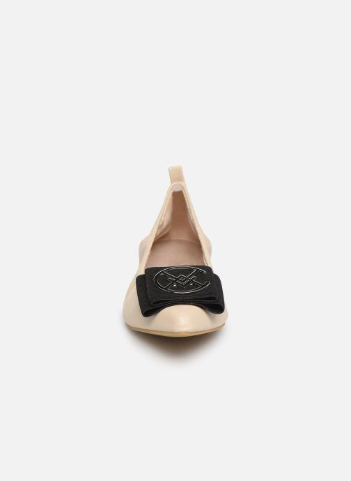 Ballerines Chattawak GLYCINE Beige vue portées chaussures