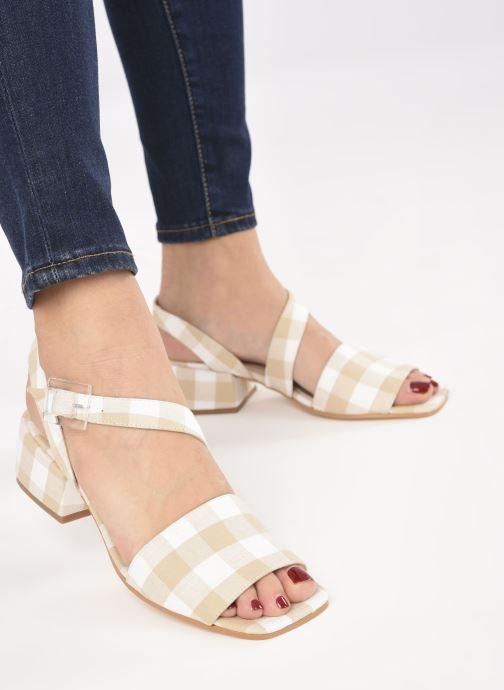 Sandalen About Arianne Selva Clear beige ansicht von unten / tasche getragen