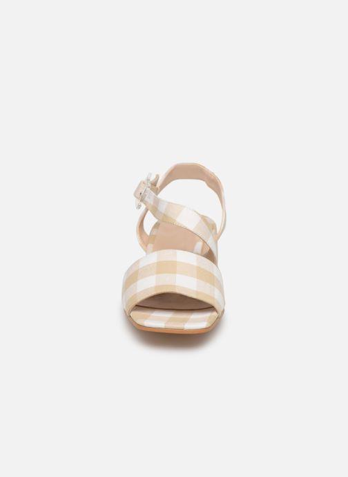 Sandales et nu-pieds About Arianne Selva Clear Beige vue portées chaussures