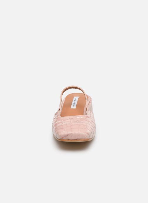 Zapatos de tacón About Arianne Estela Rosa vista del modelo