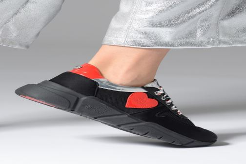Trainers Love Moschino Patch Heart Running Black view from underneath / model view