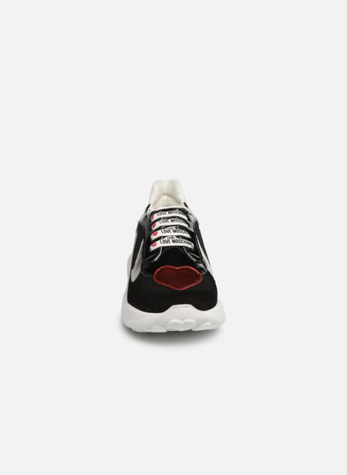 Baskets Love Moschino New Running Heart Noir vue portées chaussures