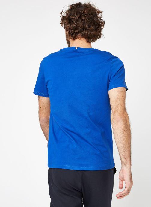 Vêtements Faguo ARCY T-SHIRT COTTON Bleu vue portées chaussures
