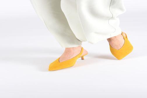 High heels L.K. Bennett Livia Yellow view from underneath / model view