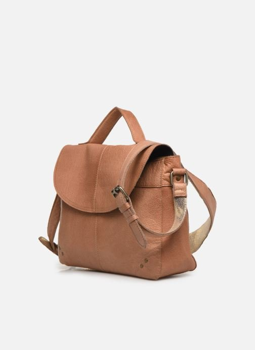 Sacs à main Pieces BETHANY LEATHER LARGE CROSSBODY Marron vue portées chaussures
