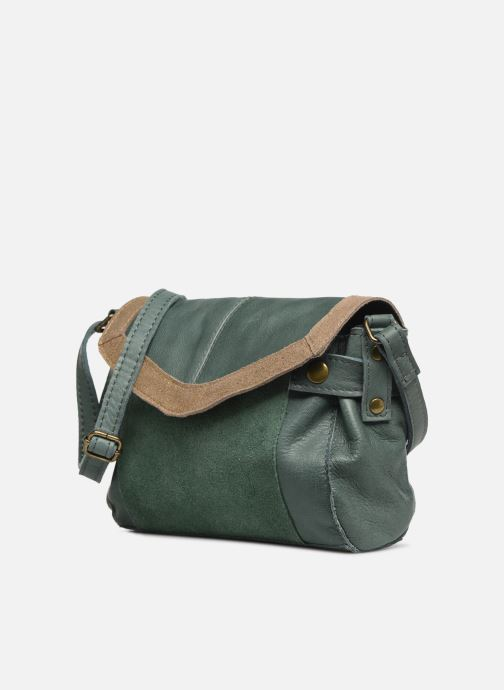 Borse Pieces ISAURA LEATHER SMALL CROSSBODY Verde modello indossato