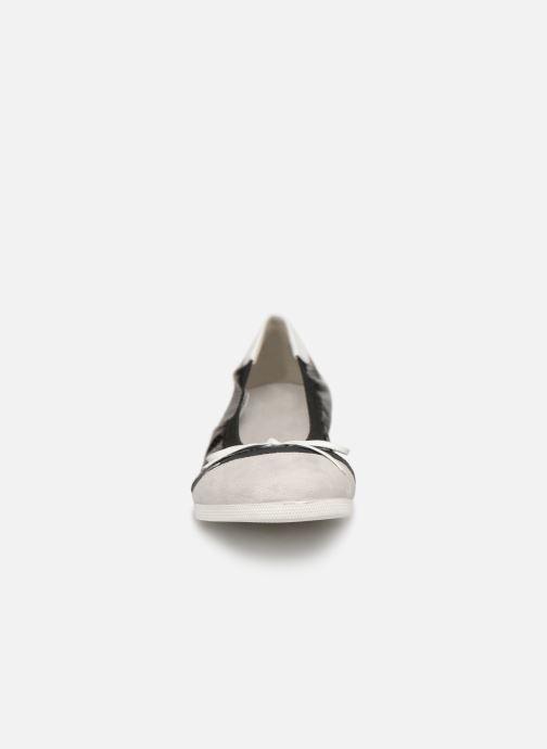 Ballerines Les P'tites Bombes ELOISE Noir vue portées chaussures