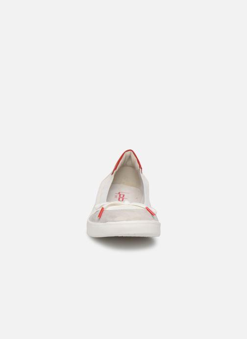 Ballerines Les P'tites Bombes FELICIA Blanc vue portées chaussures