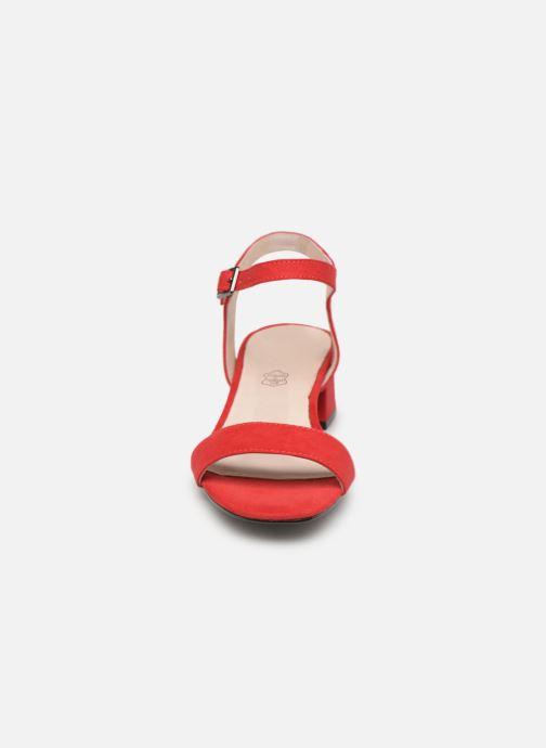 Sandales et nu-pieds Les P'tites Bombes PEGGY Rouge vue portées chaussures