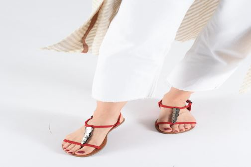 Sandales et nu-pieds Les P'tites Bombes PEPITA Rouge vue bas / vue portée sac