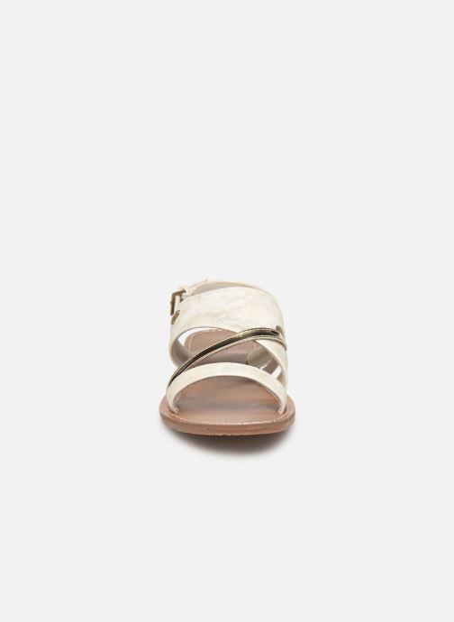Sandales et nu-pieds Les P'tites Bombes PHIBBY Blanc vue portées chaussures