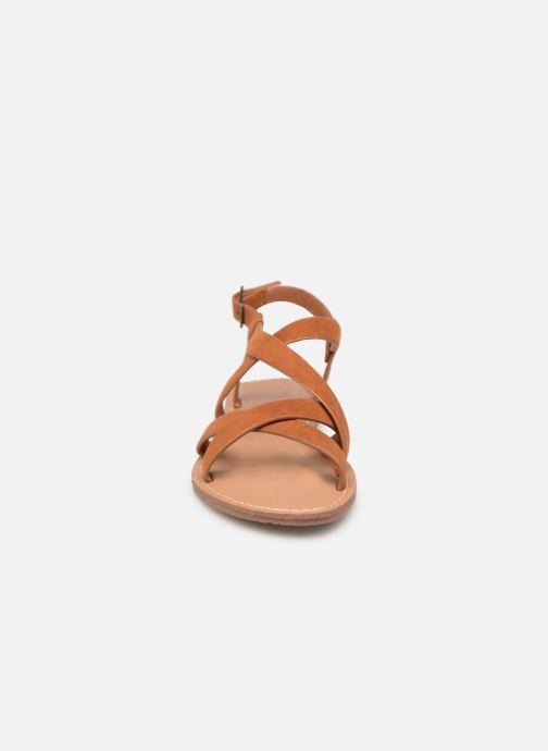 Sandales et nu-pieds Les P'tites Bombes ROMANE Marron vue portées chaussures