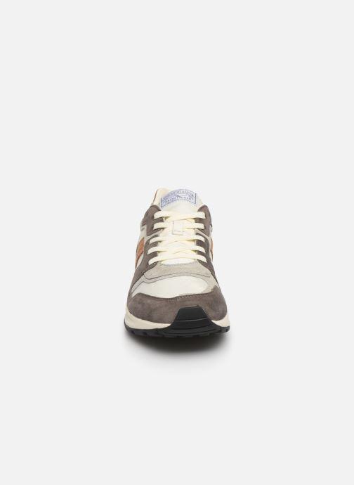 Baskets Polo Ralph Lauren Train 100 CLS-Nylon/Suede Gris vue portées chaussures