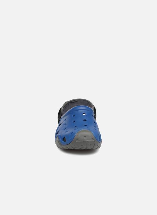 Sandales et nu-pieds Crocs Swiftwater Clog M Bleu vue portées chaussures