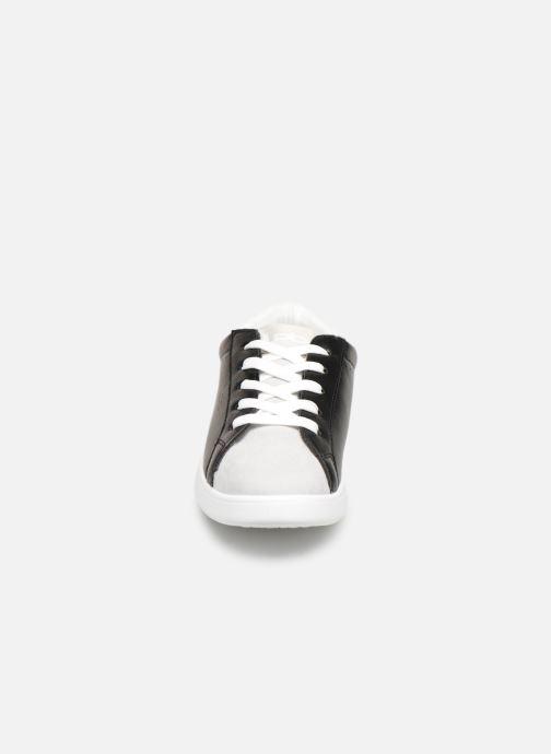 Baskets Les P'tites Bombes ABIGAEL Noir vue portées chaussures