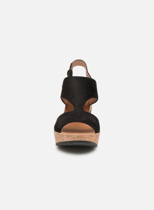 Sandales et nu-pieds Les P'tites Bombes JACINTHE Noir vue portées chaussures