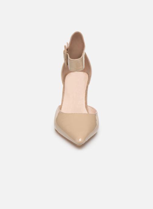 High heels Les P'tites Bombes JENNY Beige model view