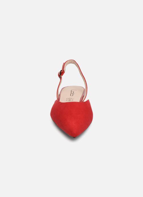 Ballerinaer Les P'tites Bombes KAREN Rød se skoene på