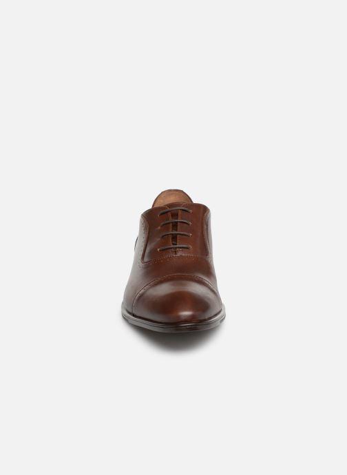 Zapatos con cordones Marvin&Co Ritello Marrón vista del modelo