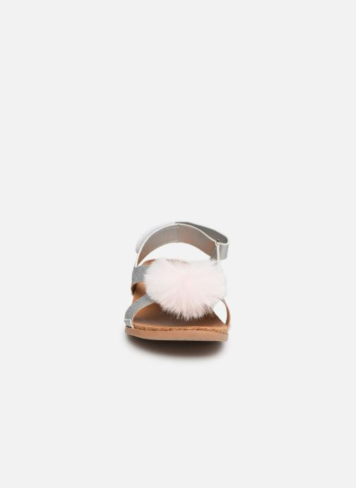 Sandali e scarpe aperte UGG Fonda Glitter Pom K Argento modello indossato