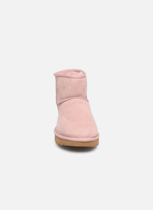 Bottines et boots UGG Classic Mini II Rose vue portées chaussures