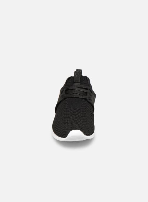 Baskets UGG Willows Noir vue portées chaussures