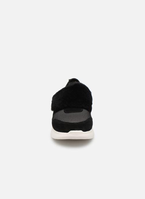 Baskets UGG Pico Noir vue portées chaussures