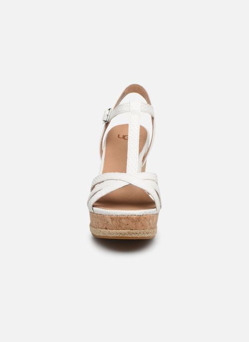 Sandalen UGG Melissa weiß schuhe getragen