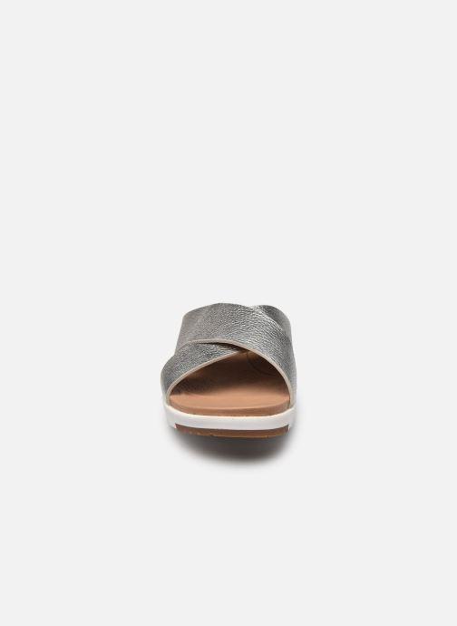Clogs & Pantoletten UGG Kari Metallic silber schuhe getragen
