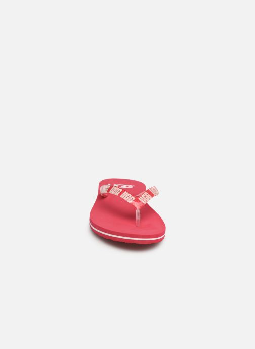 Tongs UGG Simi Graphic Rose vue portées chaussures