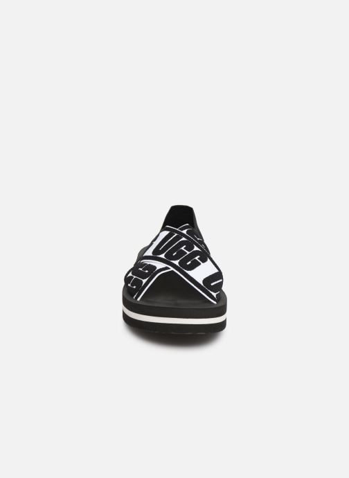 Sandalias UGG Marmont Graphic Negro vista del modelo