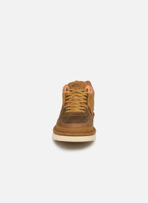 Sneaker UGG Highland Sneaker braun schuhe getragen