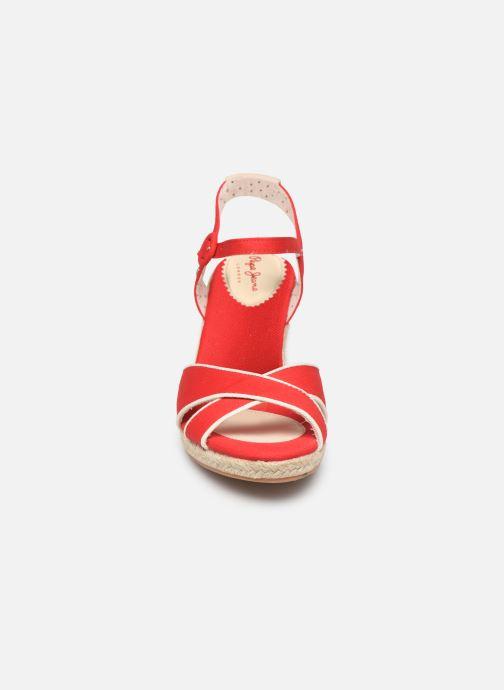 Scarpe di corda Pepe jeans Shark Plain Rosso modello indossato