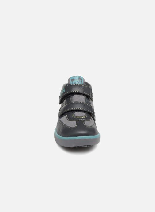 Baskets Camper Pursuit FW Gris vue portées chaussures