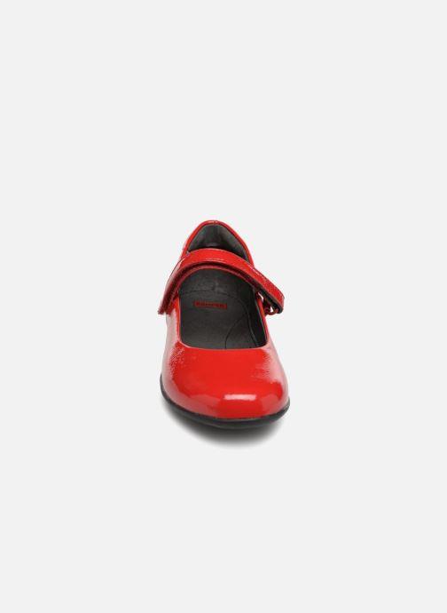 Ballerines Camper TWS Rouge vue portées chaussures